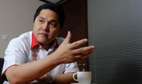 """Gede banget coek! Segini!,"" kata Erick Thohir (poto: republika.co.id)"