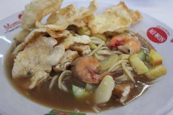 Mie Atep ada di Belitung, bukan Sunda.